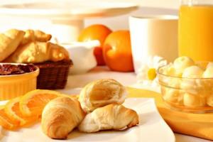 Завтраки в гостиницах и ресторанах