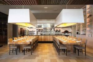 Ella_Restaurant_interior_01